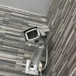 ダミー防犯カメラ(フェイクカメラ)は効果があるの?メリット、デメリット解説します
